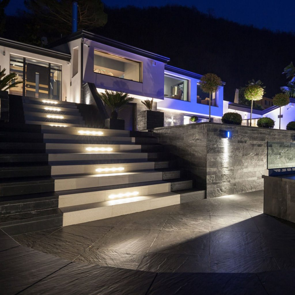 Uses For Led Step Lights In Home Decor